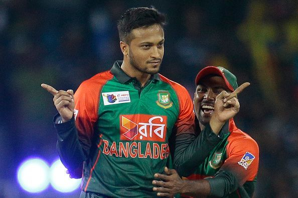 Shakib al hasan completes 100 international runs and 500 wickets