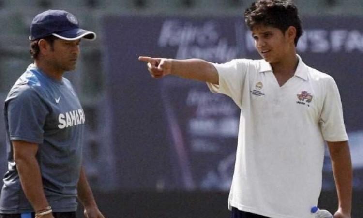 सचिन तेंदुलकर के बेटे अर्जुन तेंदुलकर के लिए खुशखबरी, आखिकार टीम इंडिया में हुआ चयन Images