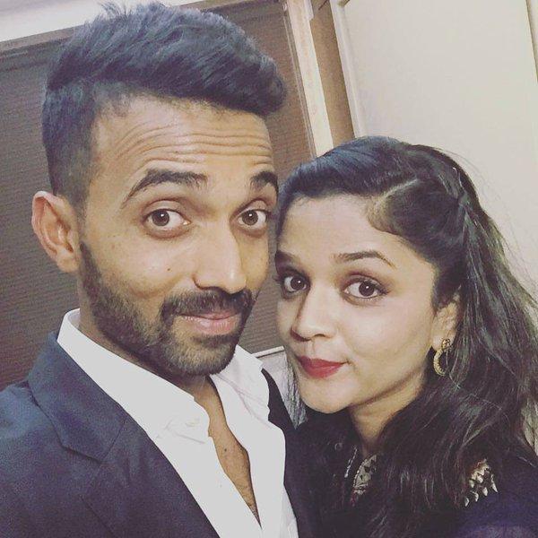 Ajinkya Rahane Taking Selfie With His Wife Radhika Dhopavkar Images