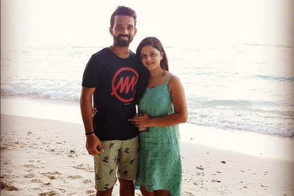 Ajinkya Rahane With His Wife Radhika Dhopavkar Enjoying Holidays Images