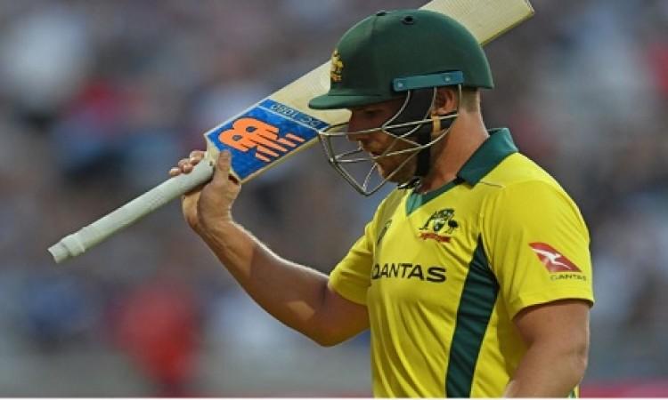 T20I में ऑस्ट्रेलिया के एरोन फिंच ने रचा इतिहास, ऐसा करने वाले पहले बल्लेबाज बने Images