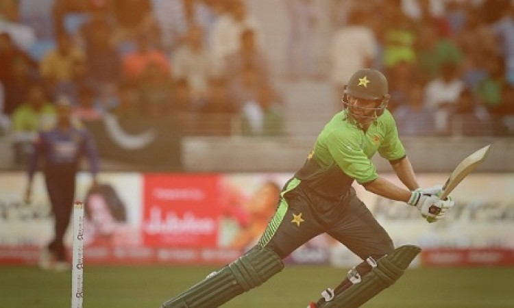 आसिफ अली और शोएब मलिक ने खेली धमाकेदार पारी, जिम्बाब्वे को 183 रन का टारगेट