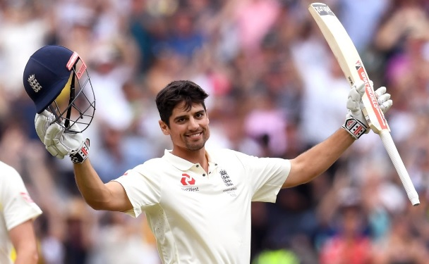 इंग्लैंड की बेस्ट टेस्ट इलेवन टीम में एलिस्टेयर कुक को मिला पहला स्थान, देखिए पूरी लिस्ट Images