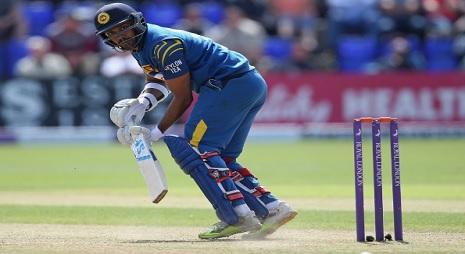 श्रीलंका के गुणाथिलका को किया गया सस्पेंड, कारण दिल तोड़ने वाला Images