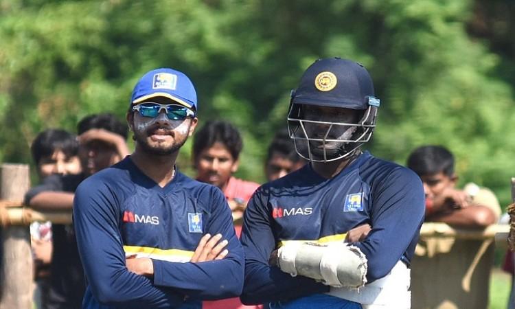 Dinesh Chandimal in Sri Lanka Test squad despite pending ball-tampering hearing