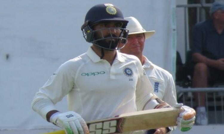 पहले टेस्ट मैच में दिनेश कार्तिक की जगह हुई पक्की, ऋषभ पंत को करना होगा इंतजार Images