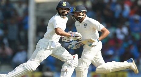 इंग्लैंड के खिलाफ टेस्ट सीरीज में गांगुली ने कोहली पर जताया भरोसा Images