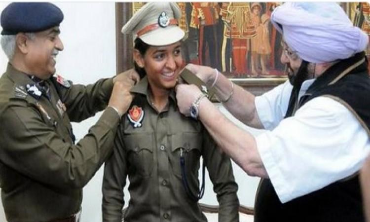 महिला क्रिकेटर हरमनप्रीत कौर ने किया ऐसा काम,  डीएसपी के पद से हटाया गया Images