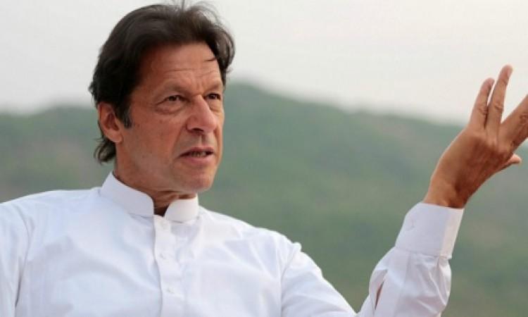 महान पाकिस्तानी क्रिकेटर इमरान खान बनेंगे पाकिस्तान के प्रधानमंत्री, खिलाड़ियों ने इस तरह से दी बधाई