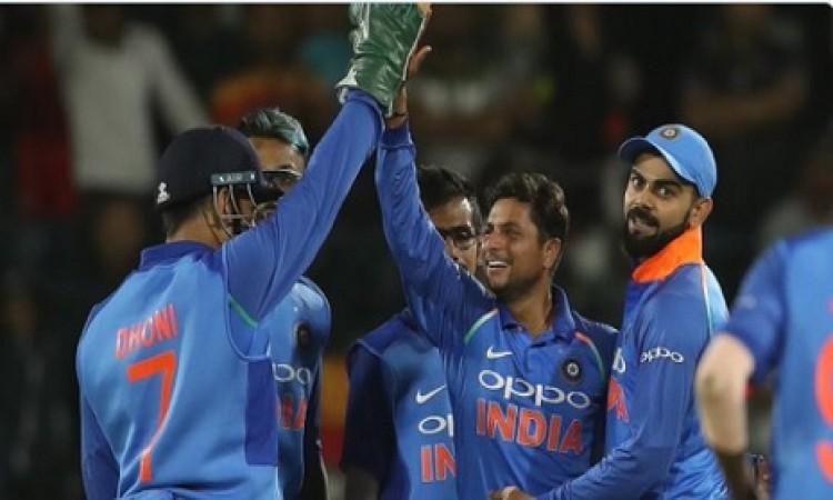 इंग्लैंड के खिलाफ पहले वनडे में यह खिलाड़ी करेगा डेब्यू, दिग्गज गेंदबाज होंगे बाहर Images