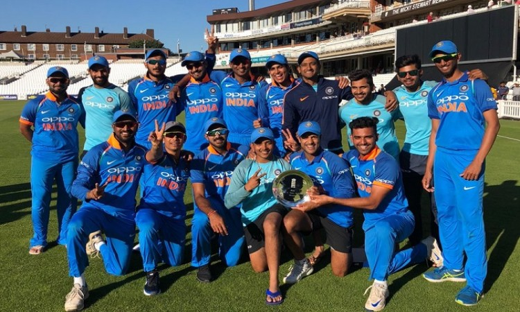 i ndia a clinch tri-series with hard fought victory over england a