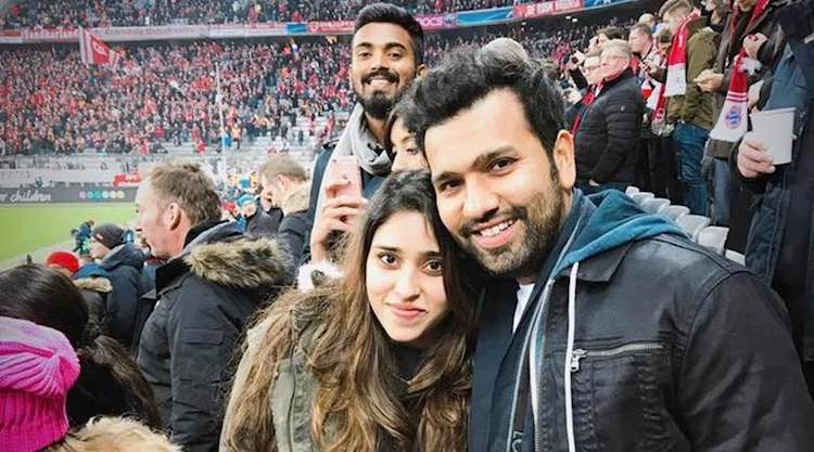 KL Rahul With Rohit Sharma And His Wife फोटो