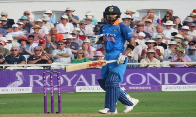 निर्णायक वनडे में इंग्लैंड के खिलाफ भारत की टीम में दो बदलाव, जानिए प्लेइंग इलेवन Images