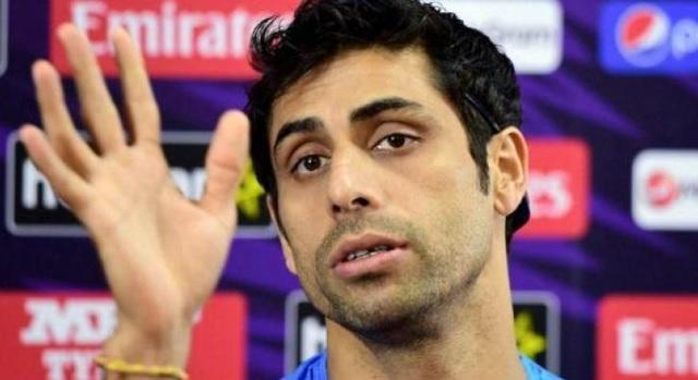 इंग्लैंड के खिलाफ टेस्ट सीरीज से पहले नेहरा जी ने मोहम्मद शमी को दी फिट रहने की सलाह Images