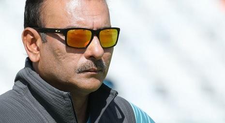 इंग्लैंड के खिलाफ टेस्ट सीरीज से पहले रवि शास्त्री भड़के, इंग्लैंड मैनेजमेंट को लिया आड़े हाथों Imag