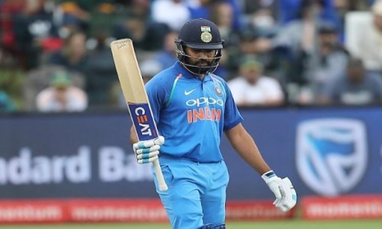 रोहित शर्मा ने भी T20I में बनाया रिकॉर्ड, कोहली के बाद ऐसा करने वाले दूसरे बल्लेबाज Images