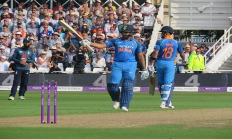 रोहित शर्मा का धमाकेदार शतक, कोहली के साथ मिलकर बना दिए वनडे का हैरत भरा रिकॉर्ड Images