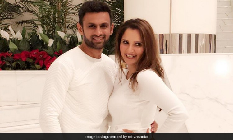 Sania Mirza congratulates husband Shoaib Malik on Twitter