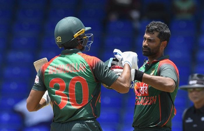 Tamim, Mahmudullah lift Bangladesh to 301