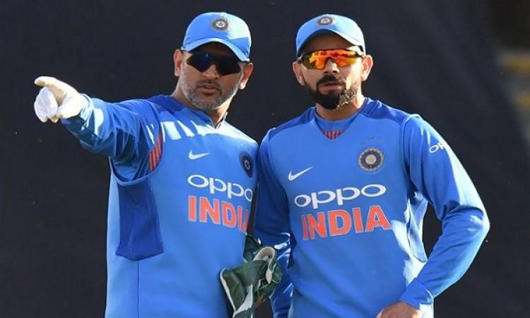 भारत की जीत का श्रेय कोहली ने रोहित शर्मा को नहीं बल्कि इन्हें दिया Images