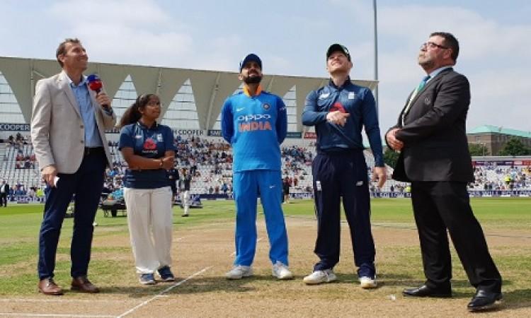 इंग्लैंड के खिलाफ पहले वनडे में भारतीय टीम को झटका, दिग्गज प्लेइंग इलेवन से बाहर BREAKING Images
