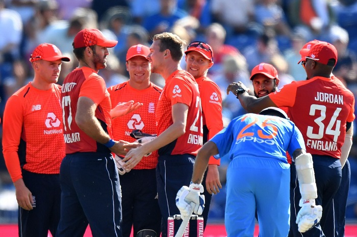 england beat india by 5 wickets in second t20i