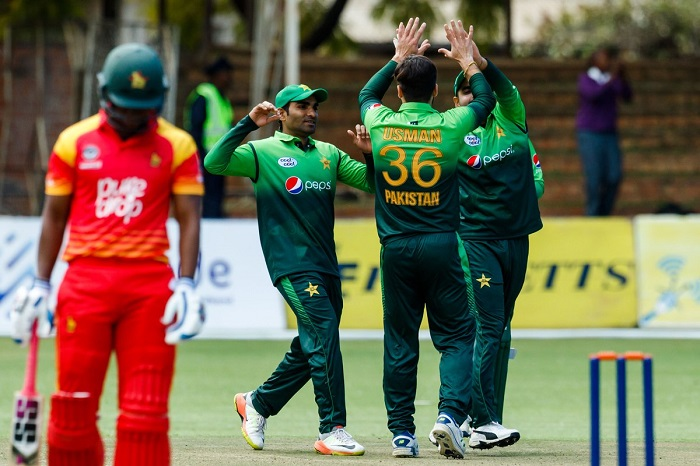 Usman khan four-fer bundles out Zimbabwe for 194