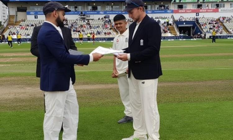 इंग्लैंड की टीम ने पहले टेस्ट मैच में टॉस जीतकर इस कारण किया पहले बल्लेबाजी करने का फैसला Images