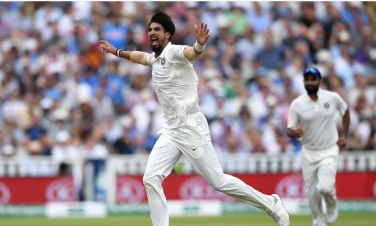 इशांत शर्मा ने चटकाए 5 विकेट और भारत की टीम ने बनाया ये खास रिकॉर्ड Images