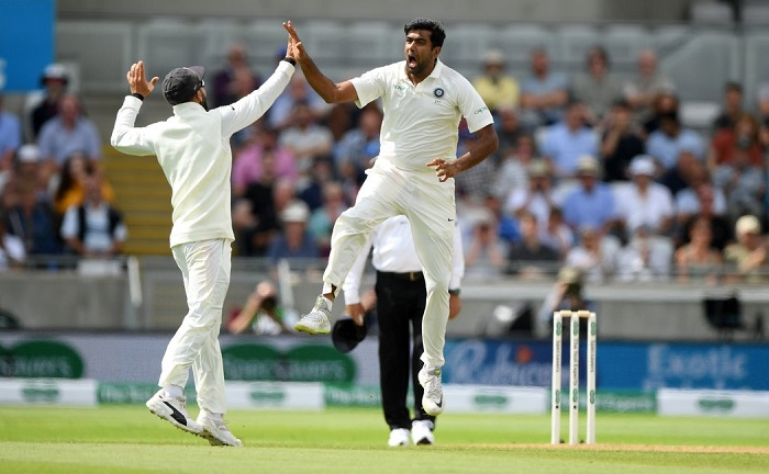alastair cook got out to ravi ashwin for 8th time in tests