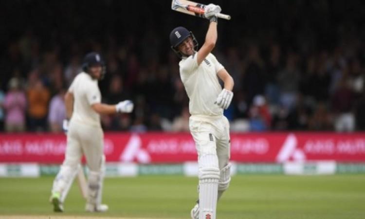 लॉर्ड्स टेस्ट: इंग्लैंड ने पहली पारी 396 रनों पर पारी घोषित की,  भारत की टीम पर 289 रन की बढ़त Image