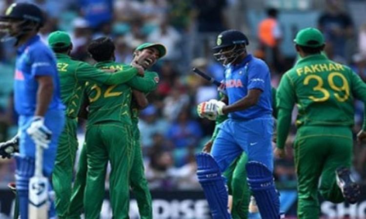 एशिया कप 2018 के लिए पाकिस्तान ने 18 सदस्यीय टीम की करी घोषणा, इन खिलाड़ियों को किया शामिल Images
