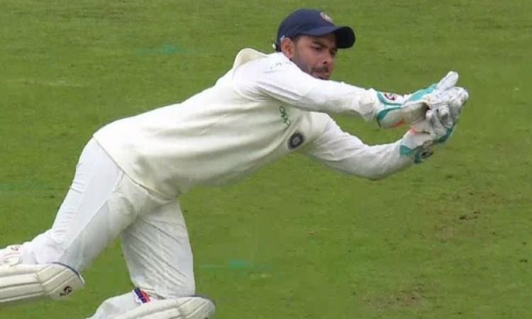 डेब्यू टेस्ट में ऋषभ पंत ने 5 कैच लपककर बना दिया रिकॉर्ड, ऐसा करने वाले पहले भारतीय विकेटकीपर बने Im