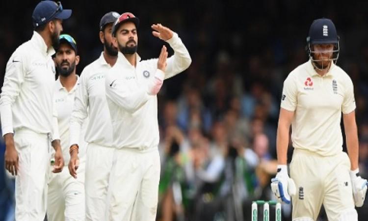 लॉर्ड्स  टेस्ट: चौथे दिन का खेल शुरू लेकिन कोहली के साथ हुआ ऐसा BREAKING Images