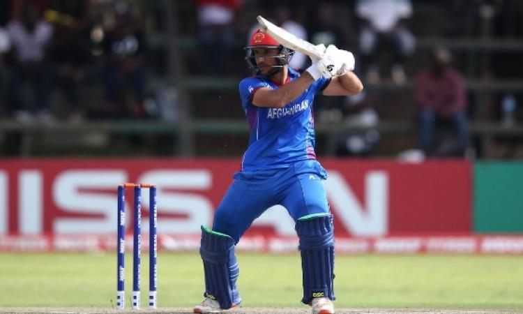 अफगानिस्तान ने श्रीलंका को जीत के लिए 250 रनों का टारगेट दिया, थिसारा परेरा ने चटकाए 5 विकेट Images