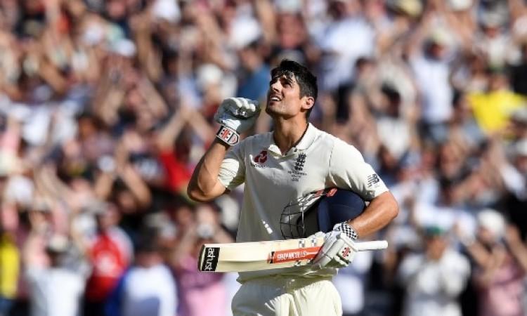 आखिरी टेस्ट में मैदान पर उतरते ही एलिस्टर कुक ने टेस्ट में बना दिया कमाल का रिकॉर्ड Images