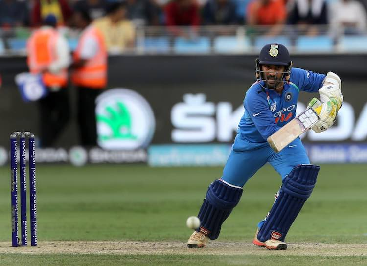Dinesh Karthik Images in Hindi