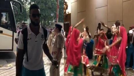 भारत आने पर वेस्टइंडीज की टीम का इस तरह से किया गया भव्य स्वागत, देखिए WATCH Images