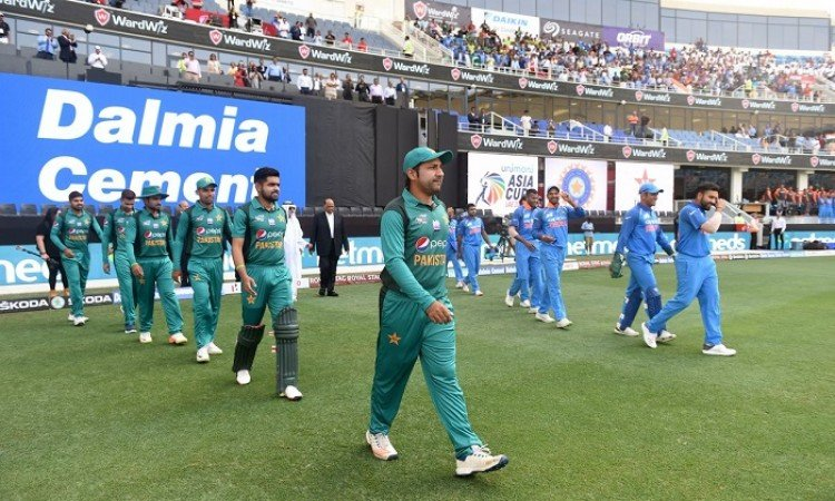 Pakistan opt to bat first against India