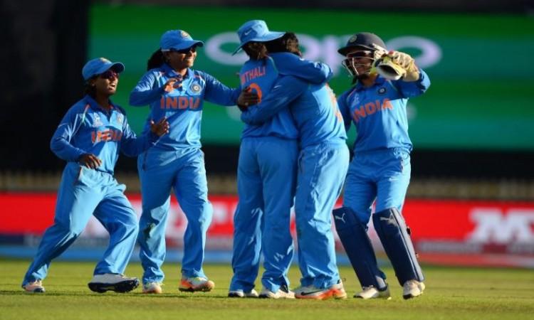 भारतीय महिला टीम ने श्रीलंका से टी20 श्रृंखला जीती Images