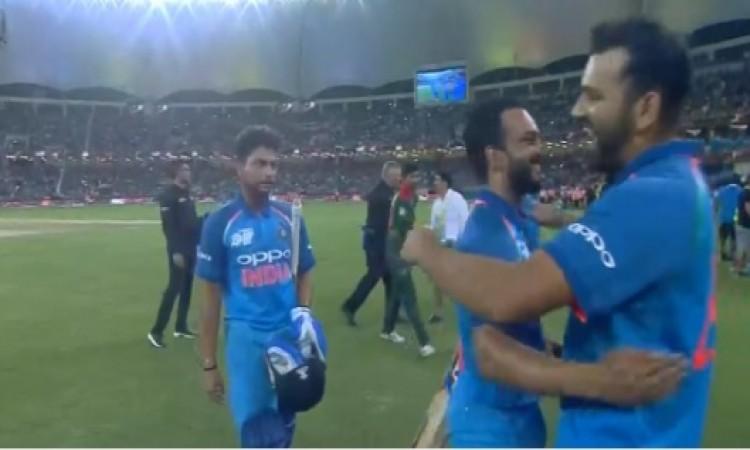 सांस थाम देने वाले फाइनल मैच में भारत ने बांग्लादेश को 3 विकेट से दी मात, भारत बना एशिया कप का चैंपि
