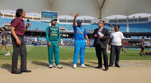 Asia Cup 2018: पाकिस्तान के खिलाफ भारत की प्लेइंग XI में रोहित शर्मा ने लिया चौंकाने वाला फैसला Imag