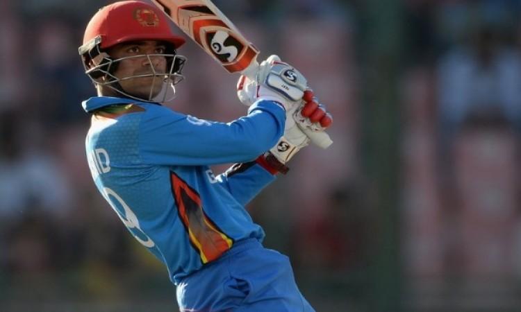 अपने जन्मदिवस पर राशिद खान की बल्लेबाजी का धमाका, बांग्लादेश को 256 रनों का टारगेट Images