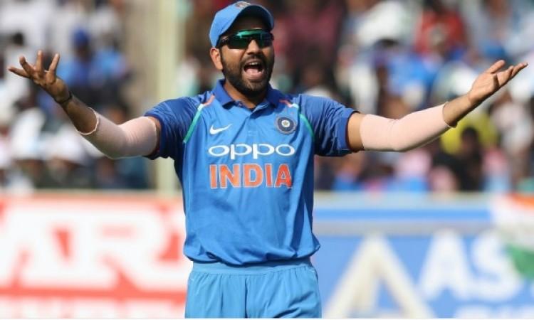 हांगकांग के खिलाफ मैच में भारत का चौंकाने वाला फैसला, इस नए खिलाड़ी को किया टीम में शामिल Images