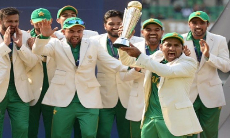 भारत के खिलाफ मैच को लेकर पाकिस्तान कप्तान सरफराज अहमद ने दिया चौंकाने वाला बयान Images