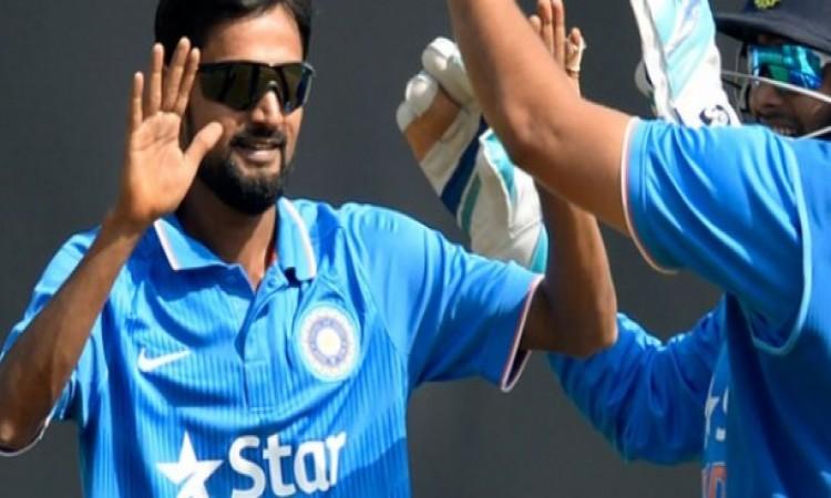 विजय हजारे ट्रॉफी: शाहबाज नदीम की शानदार गेंदबाजी, झारखंड की टीम बनी विजेता Images