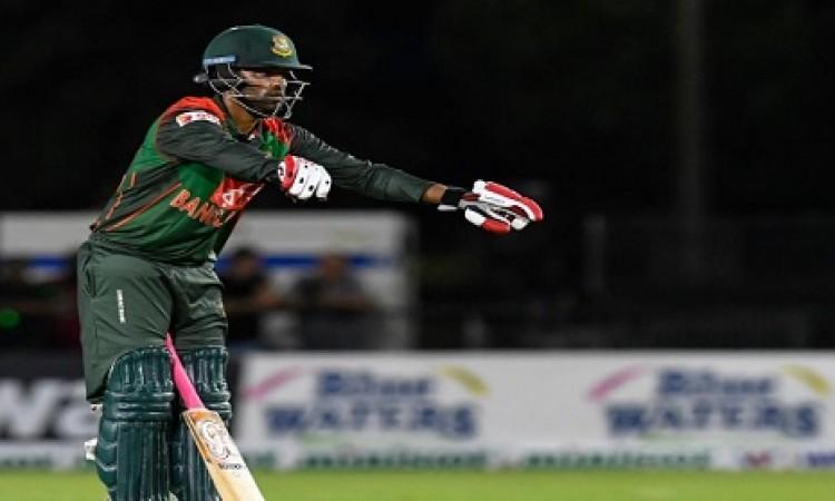 बांग्लादेश का यह बल्लेबाज लाइव मैच में हुआ चोटिल, मैदान से ले जाया गया बाहर BREAKING