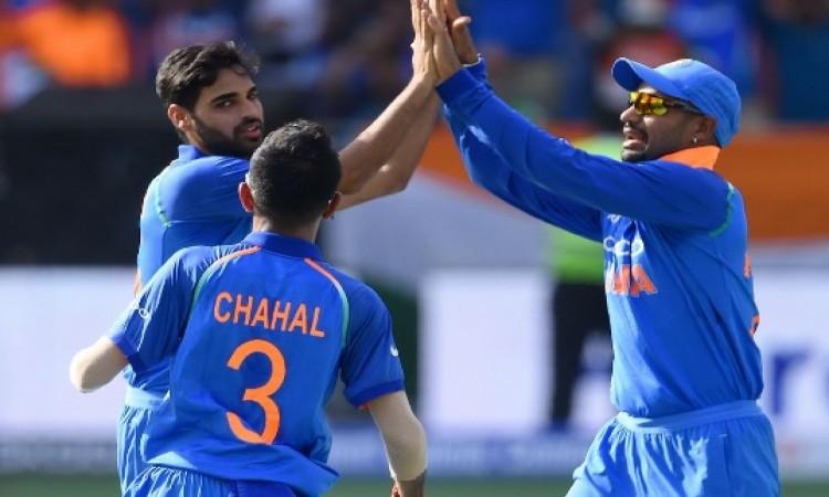 भारतीय गेंदबाजों का कहर, पाकिस्तान की टीम 162 रनों पर ALL OUT Images