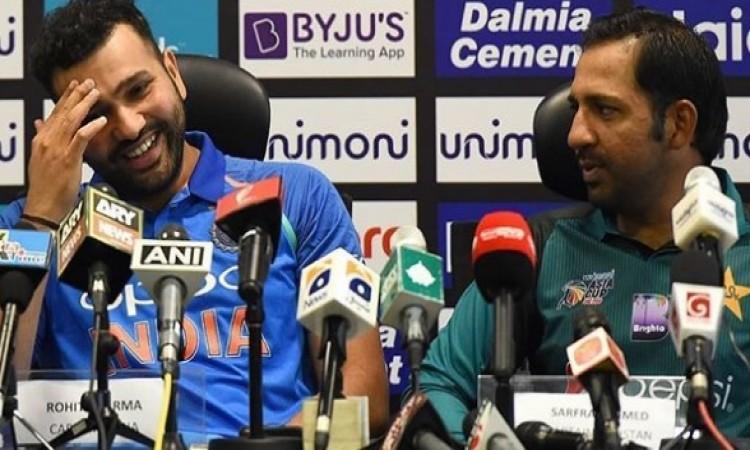 WATCH  एशिया कप से पहले सरफराज अहमद ने रोहित शर्मा को कही ऐसी बात की आपकी हंसी नहीं रूकेगी