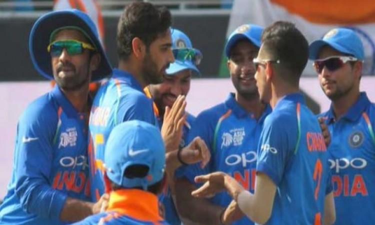 सुपर-4 राउंड के पहले मुकाबले में भारत- बांग्लादेश की टीम आमने- सामने ,  टीम से 3 दिग्गज बाहर Images